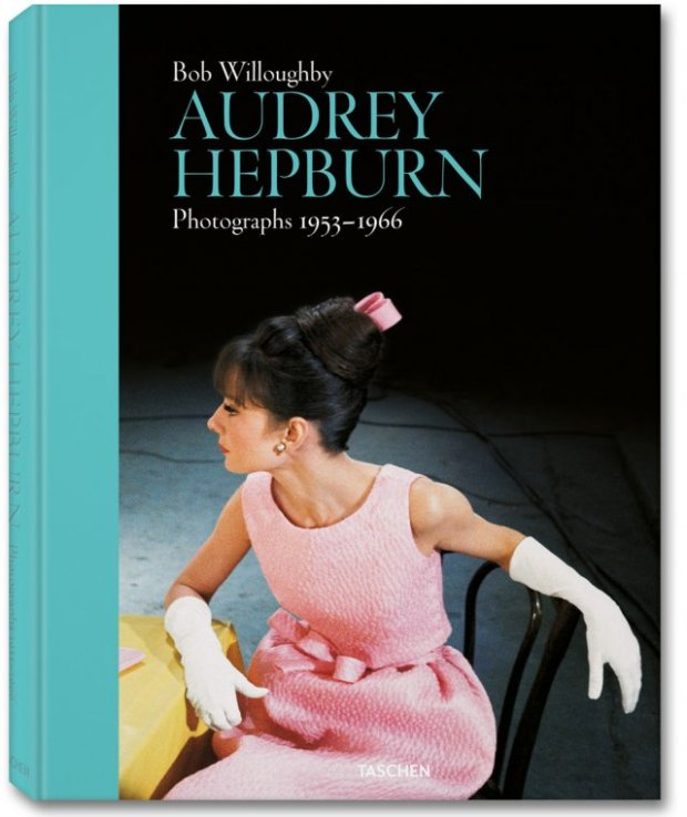 audrey-hepburn-bob-willoughby-cine-cinema-modaddiction-taschen-libro-book-fotos-photos-1