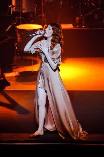 florence-the-machine-modaddiction-look-fashion-moda-estilo-music-musica-tendencias-3