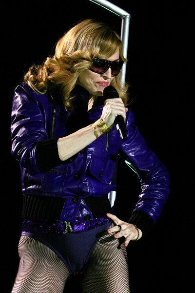 madonna-musica-cultura-historia-looks-fashion-music-moda-2005