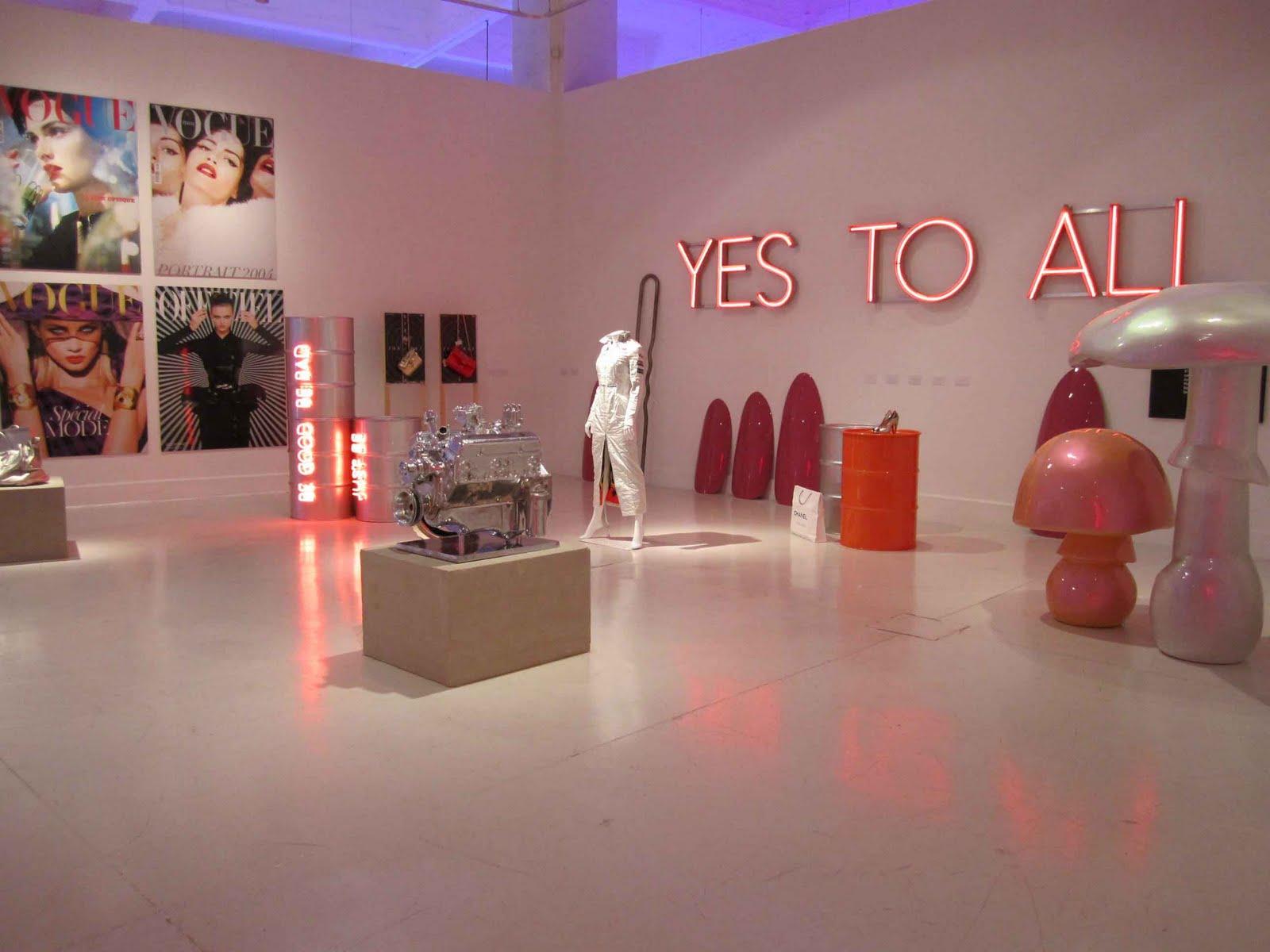 Sylvie Fleury : arte, moda y consumismo | MODADDICTIONSylvie Fleury Yes To All