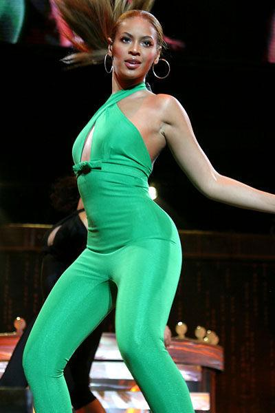 beyonce-evolucion-fashion-modaddiction-moda-looks-estilos-gmaour-elegancia-trend-trends-people-celebrity-12