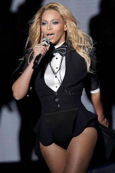 beyonce-evolucion-fashion-modaddiction-moda-looks-estilos-gmaour-elegancia-trend-trends-people-celebrity-4