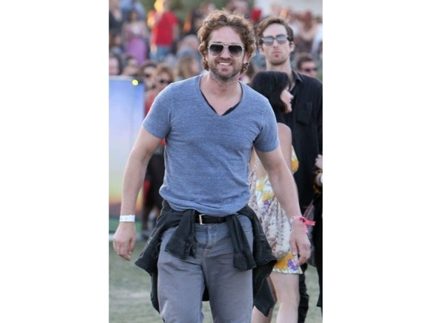 coachella-festival-modaddiction-music-musica-looks-moda-fashion-people-gerard-butler