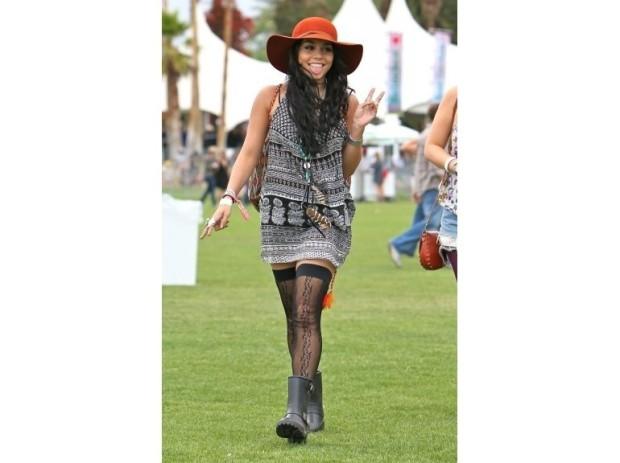 coachella-festival-modaddiction-music-musica-looks-moda-fashion-people-vanessa-hudgens
