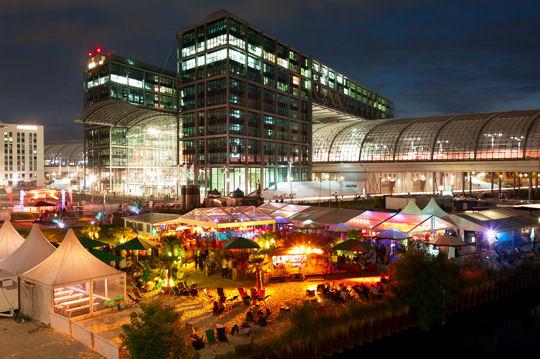 Berlin Party Hauptbahnhof