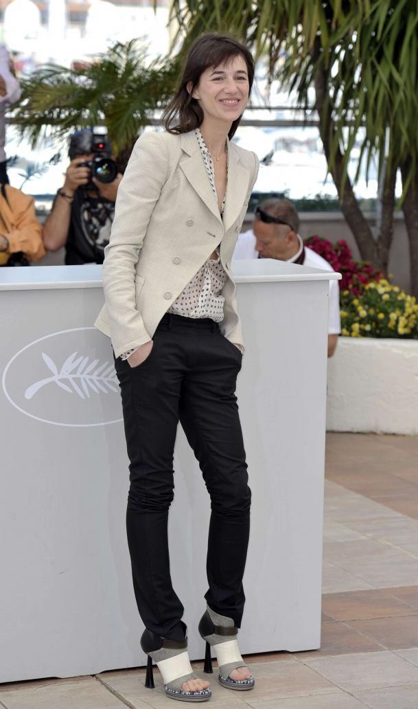ines-de-la-fressange-guia-la-parisina-modaddiction-moda-fashion-estilo-look-charlotte-gaisbourg