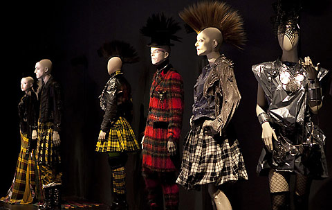 The-Fashion-World-of-Jean-Paul-Gaultier-modaddiction-fashion-moda-culture-cultura-museo-museum-san-francisco-4