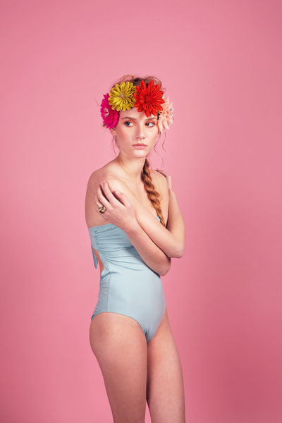traje-de-bano-estilo-pin-up-vintage-modaddiction-look-primavera-verano-2012-swimwear-summer-spring-2012-bronzette