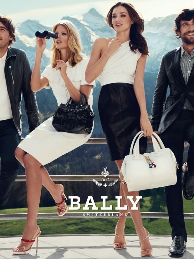 10-mejores-modelos-top-models-Miranda Kerr-modaddiction-moda-fashion-bally