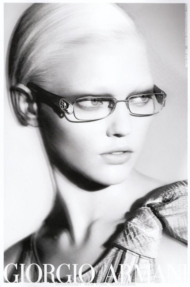 10-mejores-modelos-top-models-Sasha-Pivovarova-modaddiction-moda-fashion-giorgio-armani