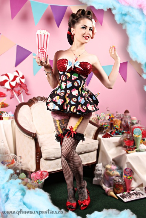 acid-doll-style-estilo-pin-up-show-girl-singer-fashion-moda-modaddiction