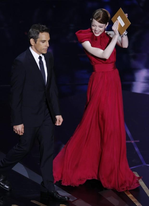 emma-stone-looks-estilos-modaddiction-famosa-people-moda-fashion-trends-tendencias-cine-cinema-20