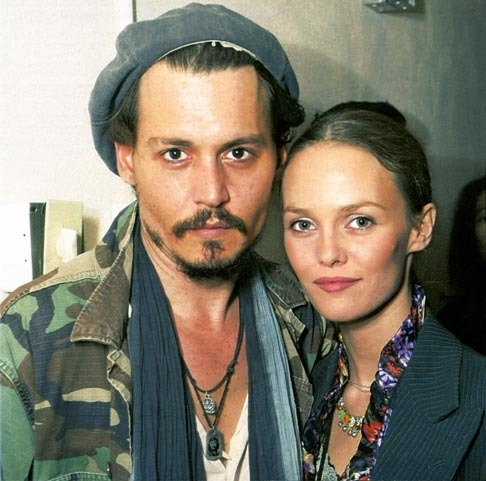 johnny-depp-looks-trends-fashion-modaddiction-vanessa-paradis_3