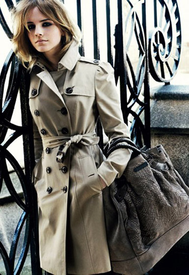 maison-luxe-modelos-leyenda-lujo-modaddiction-moda-fashion-lujo-trends-tendencias-burberry-trench-coat-2