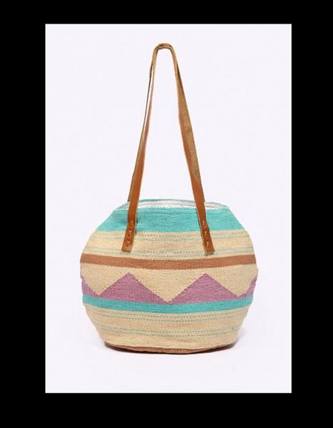 mejores-bolsos-verano-modaddiction-tendencia-trend-fashion-moda-urban-outfitters