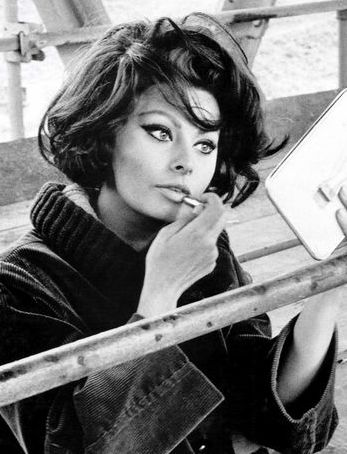 mitos-ereticos-cine-modaddiction-cinema-legends-glamour-culture-cultura-moda-fashion-sophia-loren