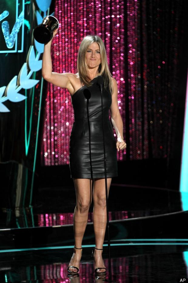 Mtv-movie-awards-2012-people-famosos-modaddiction-glamour-fashion-moda-alfombra-roja-red-carpet-looks-estilos-cine-cinema-11