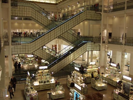 paris-saturday-sabado-modaddiction-moda-fashion-trends-tendencias-cultura-culture-almacen-bon-marché