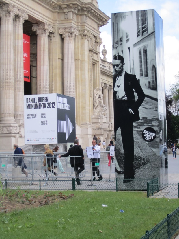 paris-saturday-sabado-modaddiction-moda-fashion-trends-tendencias-cultura-culture-grand-palais-monumenta-2012-helmut-newton