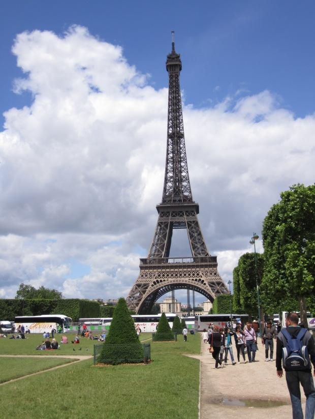 paris-saturday-sabado-modaddiction-moda-fashion-trends-tendencias-cultura-culture-tour-torre-eiffel