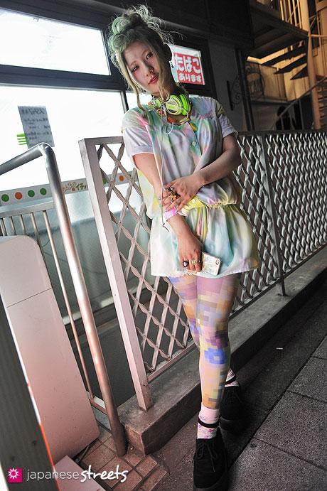 streetlooks-japanese-trendy-fashion-moda-strange-harayuku-modaddiction_5