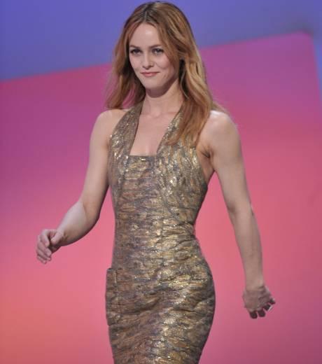 Vanessa-paradis-modaddcition-actriz-actrice-cantante-singer-carrera-moda-fashion-musica-music-cine-cinema-trendencias-trends-12