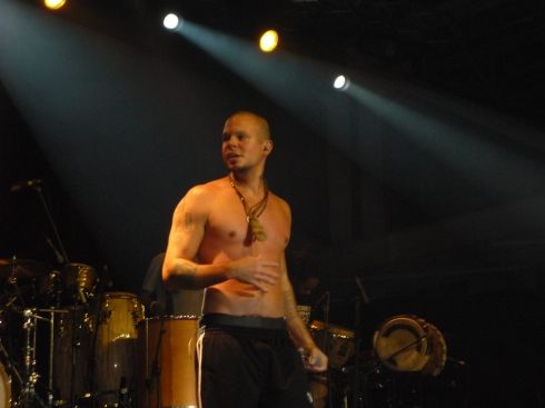 concierto-calle13-hiphop-music-barcelona-salsa-latin-jazz-residente-visitante-modaddiction