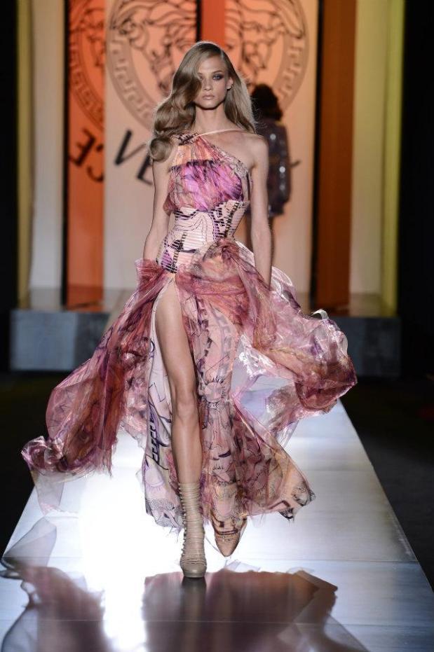 fashion-week-paris-alta-costura-haute-couture-modaddiction-moda-fashion-otono-invierno-2012-2013-autumn-winter-versace-privé