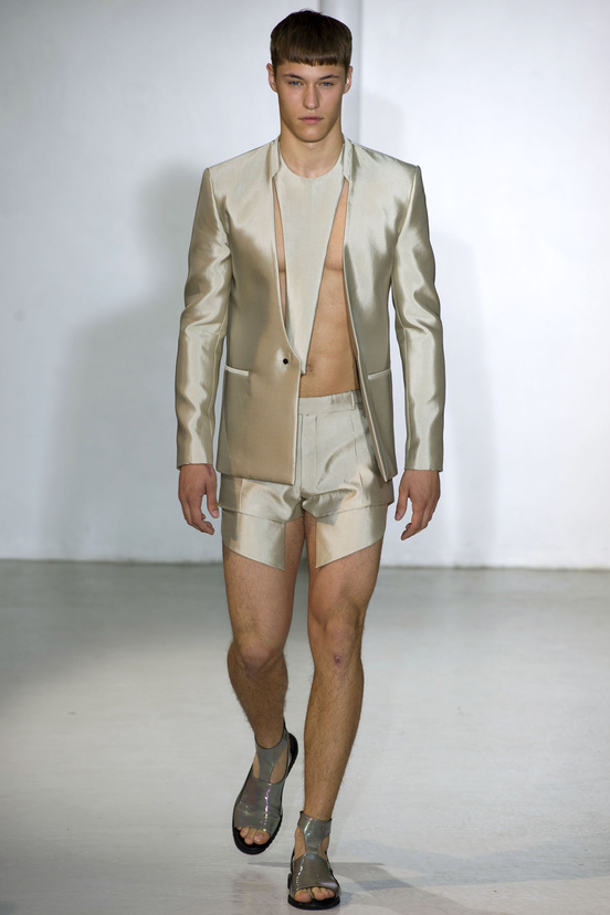 fashion-week_paris-hombres-men's-wear-london-semana-moda-modaddiction-moda-fashion-trends-tendencias-21-mugler