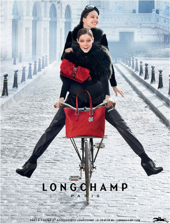Longchamp-oh-my-bike-modaddiction-campana-publicitario-advertising-otono-invierno-2013-autumn-winter-moda-fashion-trends-tendencias-2