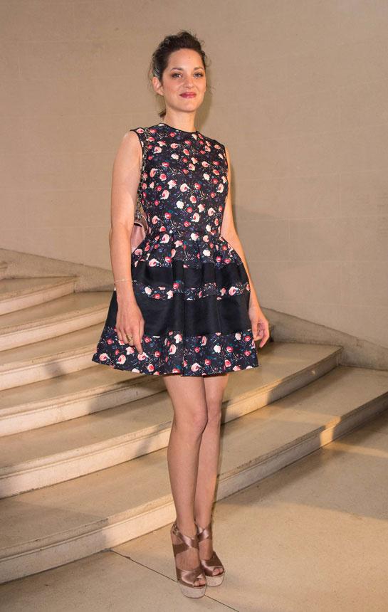 marion_cotillard_vogue-paris-modaddiction-top-looks-estilos-moda-fashion-estrella-famoso-star-people-cine-cinema-trends-tendencias-4