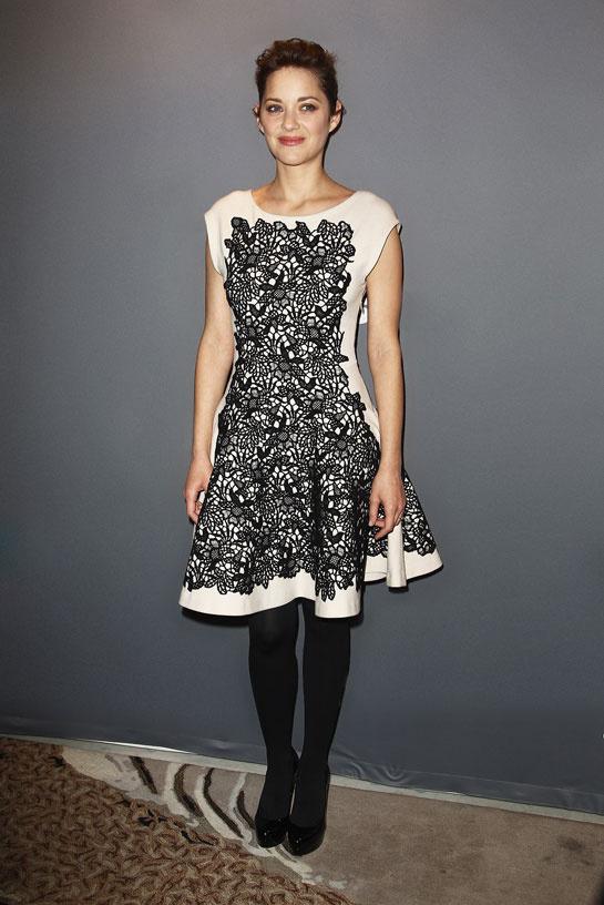 marion_cotillard_vogue-paris-modaddiction-top-looks-estilos-moda-fashion-estrella-famoso-star-people-cine-cinema-trends-tendencias-8