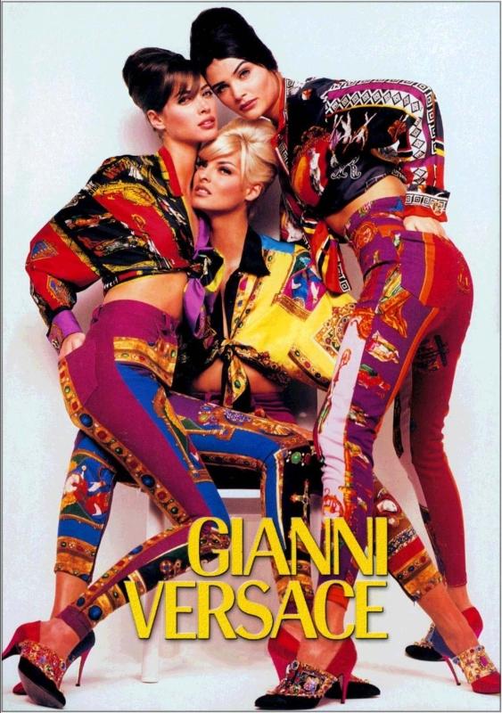 Gianni Versace Designs versace-gianni-exposicion-