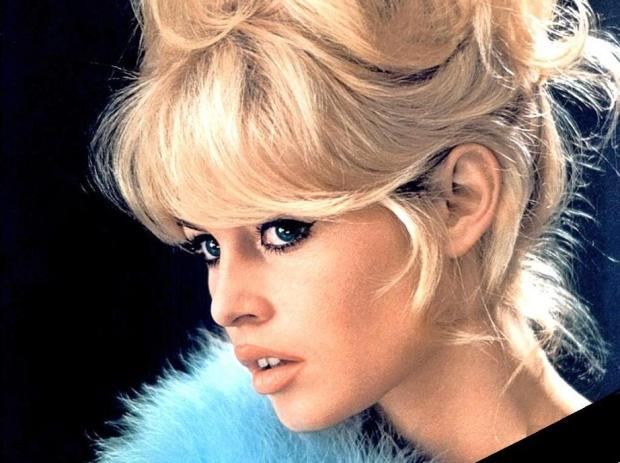 30-iconos-30-estilos-30-it-girls-30-looks-modaddiction-moda-fashion-retro-casual-vintage-elegante-clasico-moda-fashion-brigitte-bardot