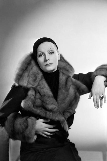 30-iconos-30-estilos-30-it-girls-30-looks-modaddiction-moda-fashion-retro-casual-vintage-elegante-clasico-moda-fashion-greta-garbo