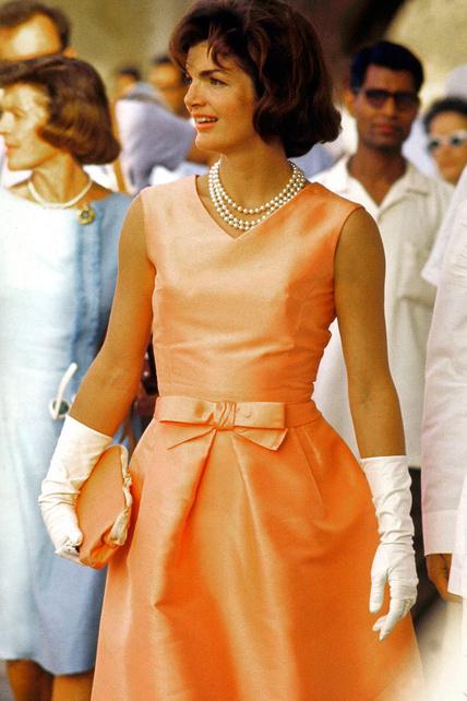 30-iconos-30-estilos-30-it-girls-30-looks-modaddiction-moda-fashion-retro-casual-vintage-elegante-clasico-moda-fashion-jacqueline-kennedy30-iconos-30-estilos-30-it-girls-30-looks-modaddiction-moda-fashion-retro-casual-vintage-elegante-clasico-moda-fashion-jacqueline-kennedy