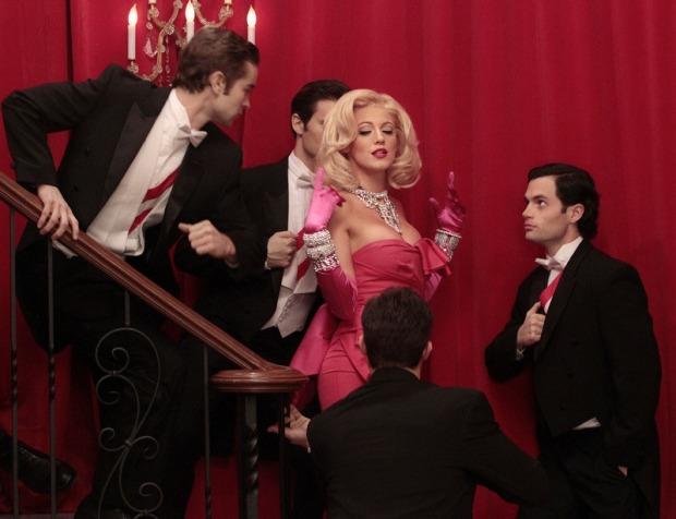 gossip-girl-looks-estilos-sexta-temporada-seventh-season-modaddiction-new-york-nueva-york-moda-fashion-chic-glamour-casual-trends-tendencias-15
