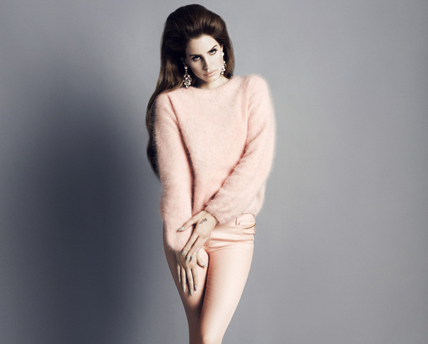 it-girls-iconos-marcas-brands-muses-modaddiction-fashion-moda-tendencias-trends-modelos-cantantes-actrices-lana-del-rey-h&m