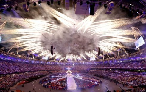 JJOO-londres-2012-ceremonia-clausura-sexy-Olympics-london-2012-closing-ceremony-sexy-modaddiction-fashion-moda-singer-cantante-modelos-models-1