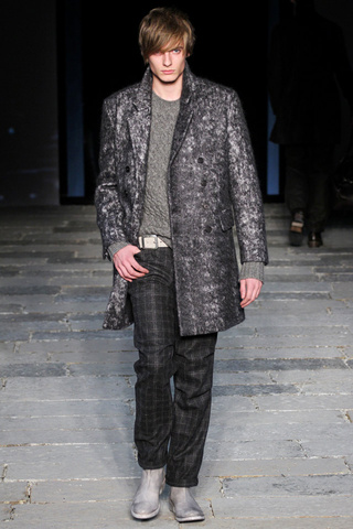 moda-hombre-fashion-men's-wear-man-otono-invierno-2012-2013-autumn-winter-2012-2013-modaddiction-trends-tendencias-look-estilo-john-varvatos