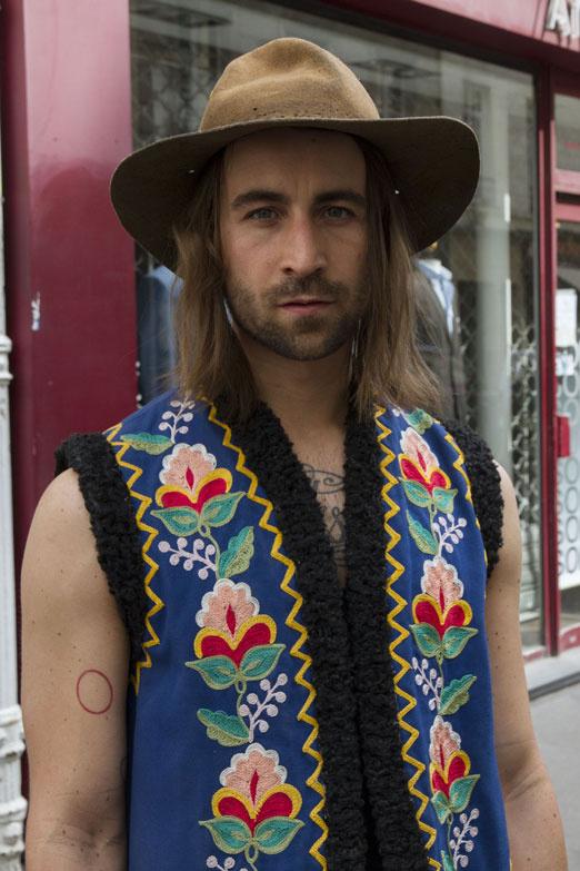 moda-hombre-street-look-paris-francia-fashion-menwear-street-style-paris-france-modaddiction-moda-fashion-moda-en-la-calle-trends-tendencias-estilo-6