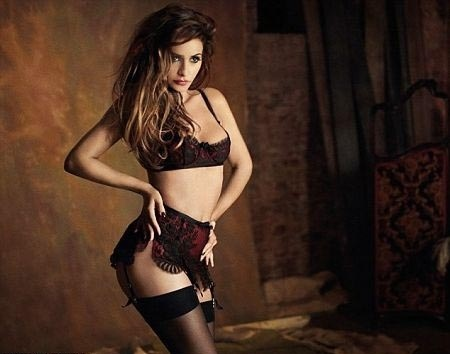 monica-cruz-agent-provocateur-modaddiction-coleccion-otono-invierno-2012-2013-collection-autumn-winter-2012-2013-lingerie-lenceria-it-girl-fashion-moda-trends-tendencias-2