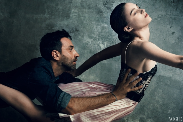 the-vogue-120-revista-portfolio-people-estrellas-influyentes-influyents-modaddiction-moda-fashion-september-issue-septiembre-culture-cultura-Riccardo-Tisci-Rooney-Mara