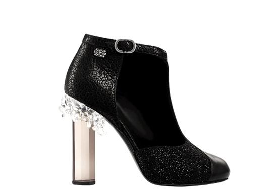 top-calzado-otono-invierno-2012-2013-autumn-winter-2012-2013-modaddiction-botas-botines-zapatos-shoes-black-negro-moda-fashion-tendencias-trends-chanel