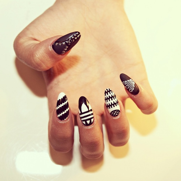 adidas_nails_trendy_art_tendencia-sophy-robson-modaddiction