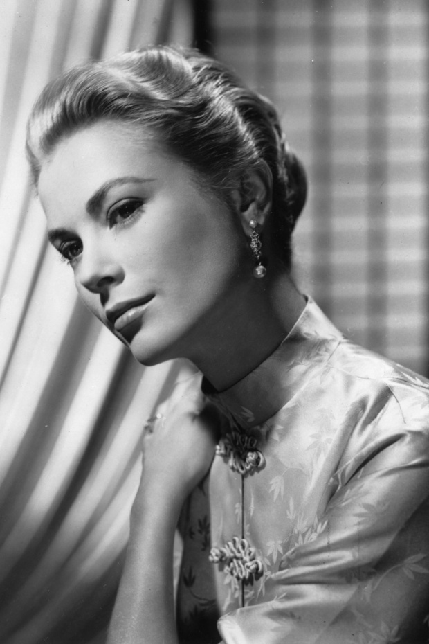grace-kelly-closet-armario-moda-fashion-modaddiction-trends-tendencias-cine-cinema-hollywood-monaco-actriz-princesa-culture-cultura-inspiracion-oriental