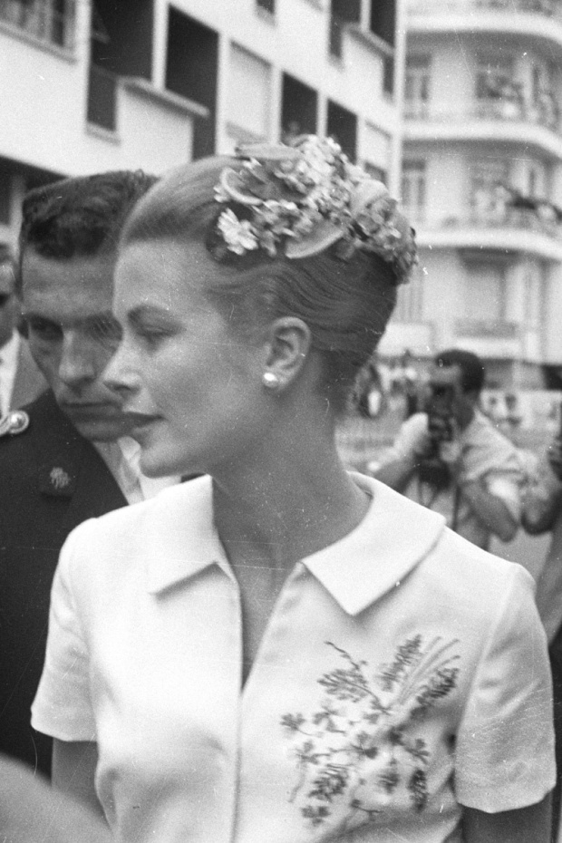 grace-kelly-closet-armario-moda-fashion-modaddiction-trends-tendencias-cine-cinema-hollywood-monaco-actriz-princesa-culture-cultura-tocados