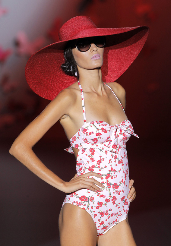 guillermina_baeza_moda_bano_verano_2013_fashion_moda_trends_tendencias_triquini-femenino_modaddiction