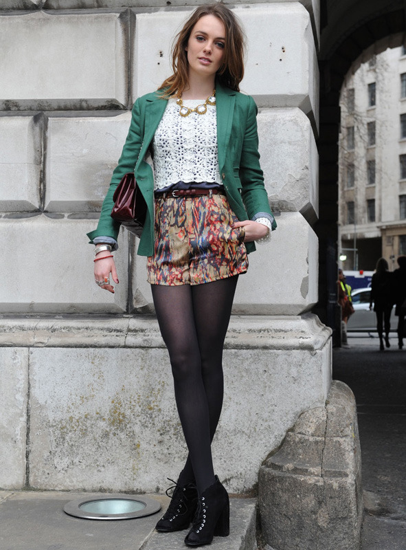 londres-moda-calle-london-street-style-modaddiction-street-look-fashion-week-moda-londres-london-trends-tendencias-crochet