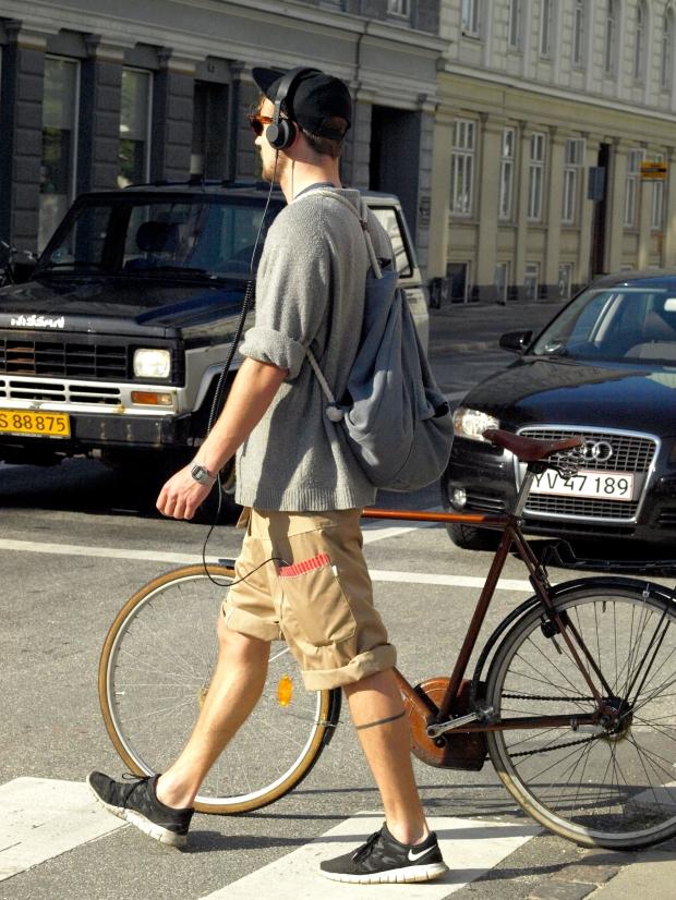 bag-man-bolso-hombre-modaddiction-complementos-accesorios-accesories-moda-fashion-menswear-otono-invierno-2012-autumn-winter-2012-bolsos-hombres-hipster